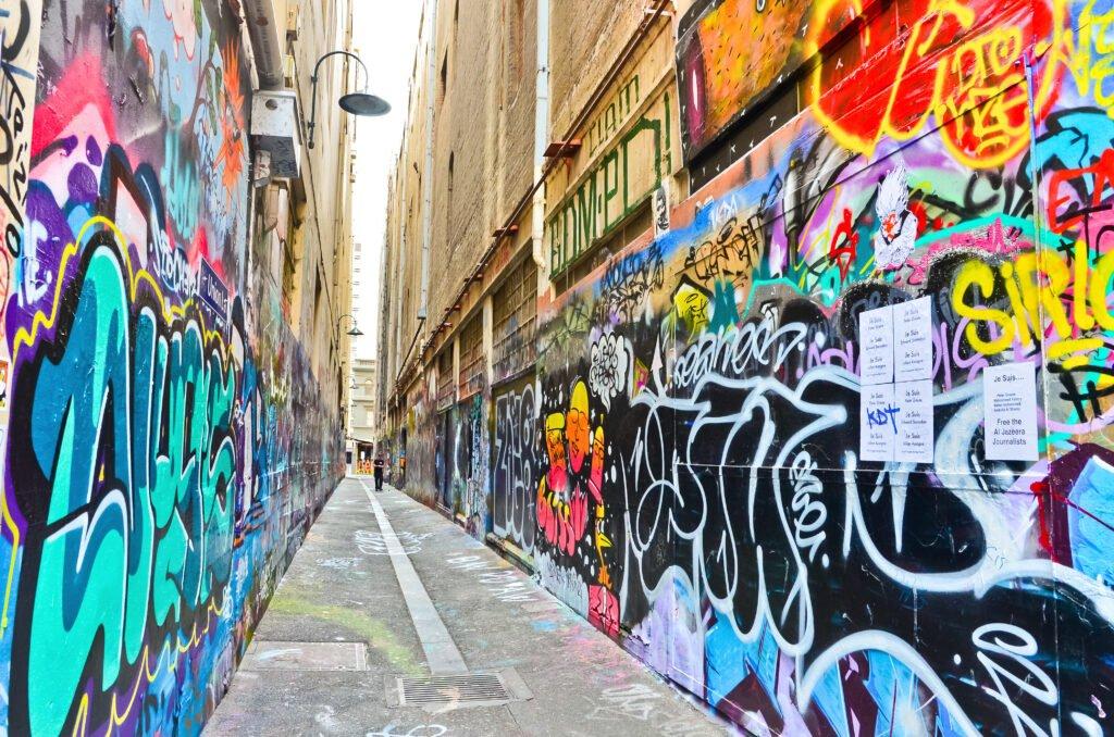 Graffitiwand reinigen